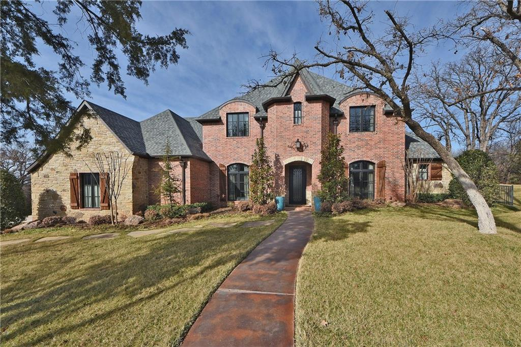 6925 Abbey Place, Edmond, OK 73034