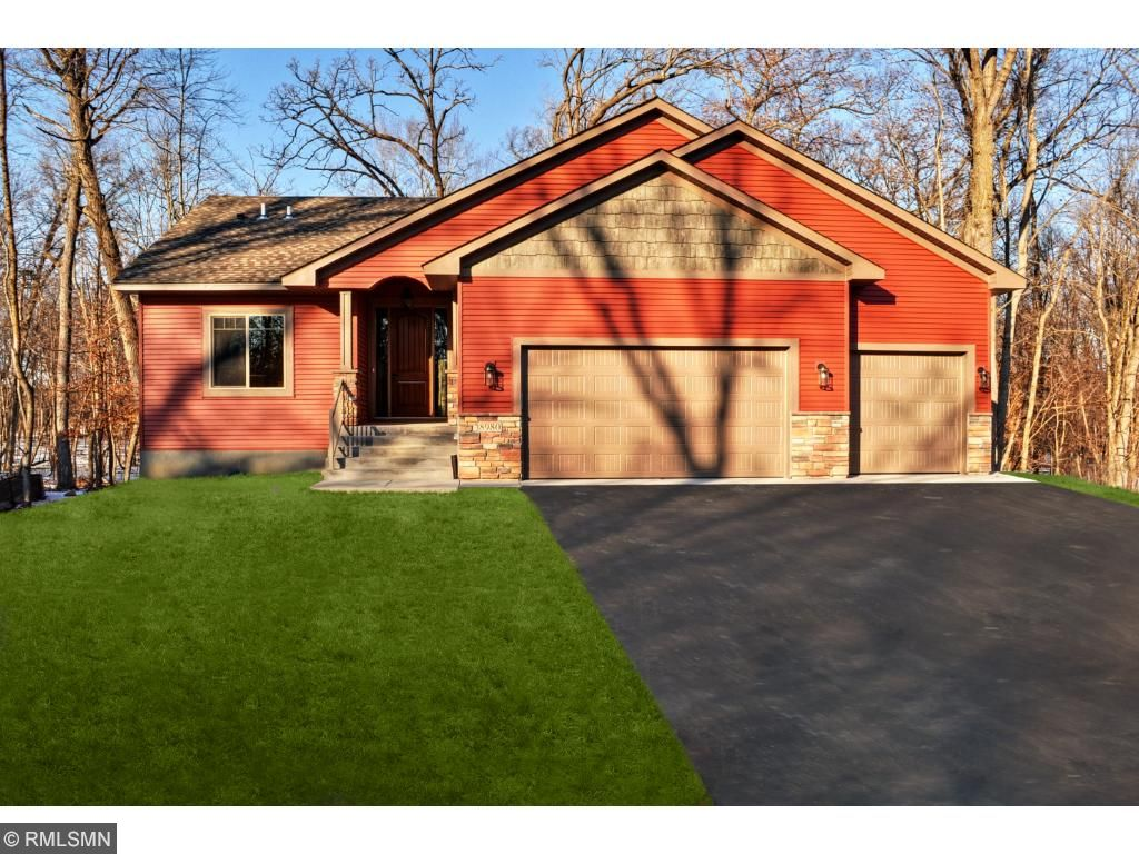 8307 Ironwood Trail, Chisago City, MN 55013