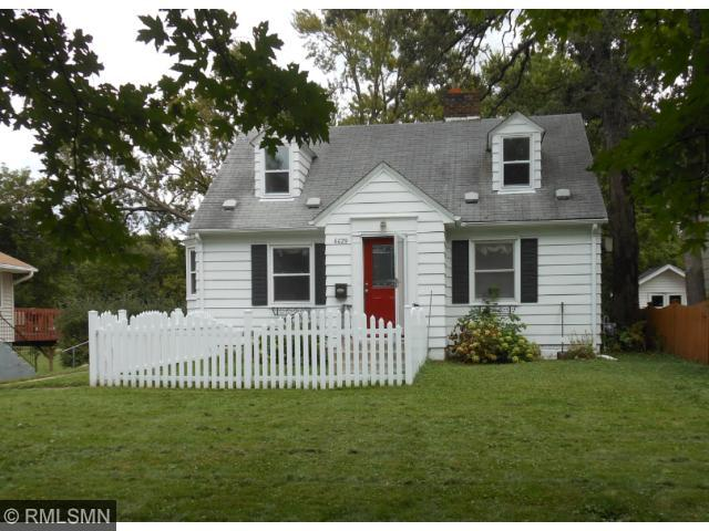 Delightful 1-1/2 story home sited on lot that backs up to a park. 2 bedrooms on main level, large bedroom on upper level was finished by current owners, freshly painted main level. Good space in lower level family room. Hardwood floors.