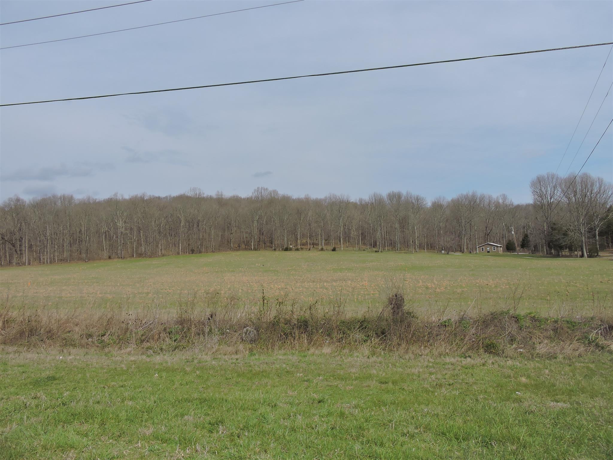 5 Gaither Ridge Ln, Auburntown, TN 37016