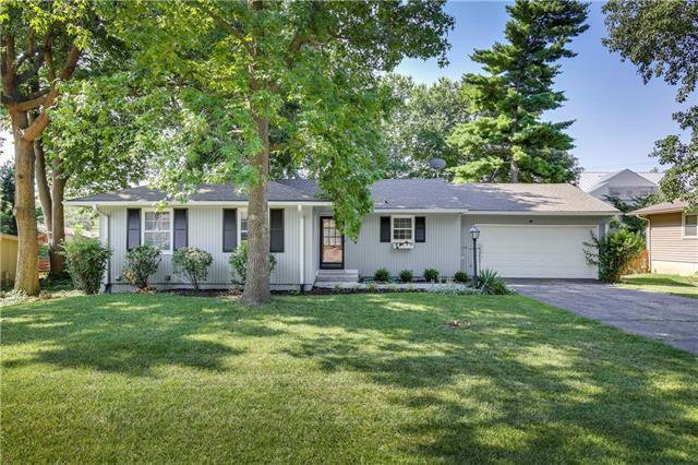 2119 W 74 Terrace, Prairie Village, KS 66208