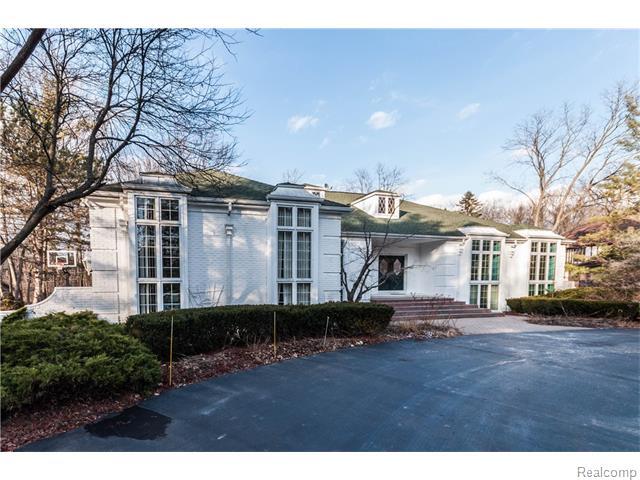 90 MANORWOOD, Bloomfield Hills, MI 48304