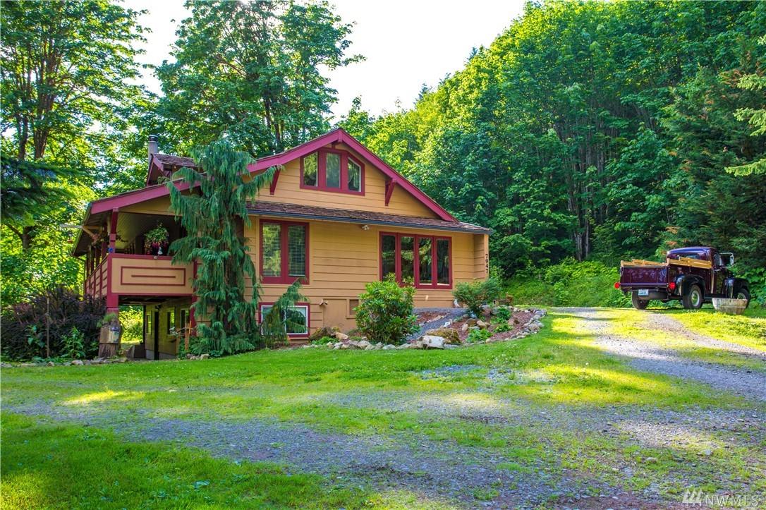 7947 Silver Lake Rd, Maple Falls, WA 98266