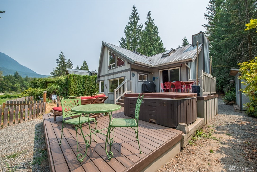 44425 Fir Rd, Gold Bar, WA 98251