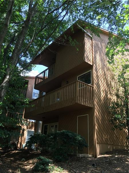 866 SW Lake Hollow Boulevard, Marietta, GA 30064
