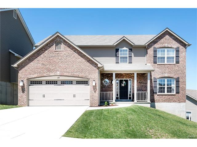 333 Amber Bluff Lane, Imperial, MO 63052