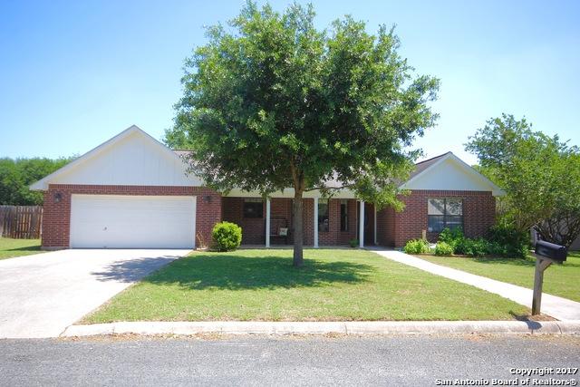 118 WEESE LN, Pleasanton, TX 78064