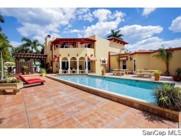 1283 Coconut Dr, Fort Myers, FL 33901