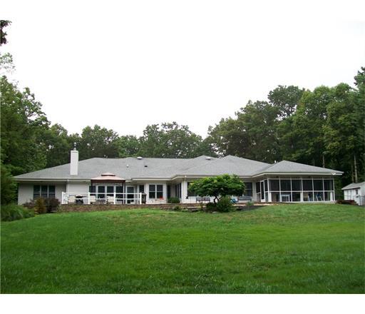107 Old Forge Road, Monroe Township, NJ 08831