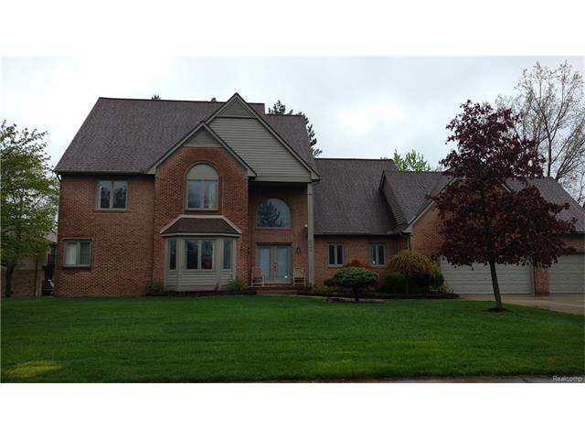6035 MAPLE FOREST CRT, West Bloomfield Twp, MI 48322