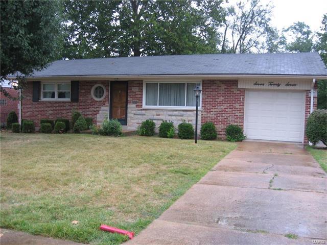 727 Dallwood, St Louis, MO 63126