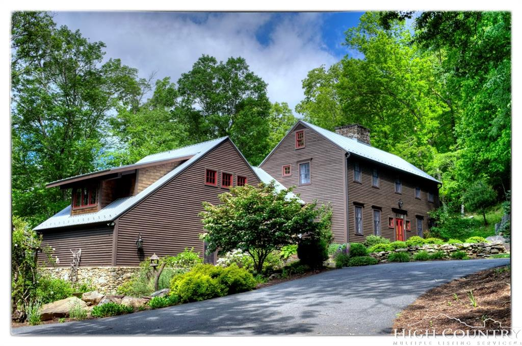 527 Red Tailed Hawk Road, Banner Elk, NC 28691