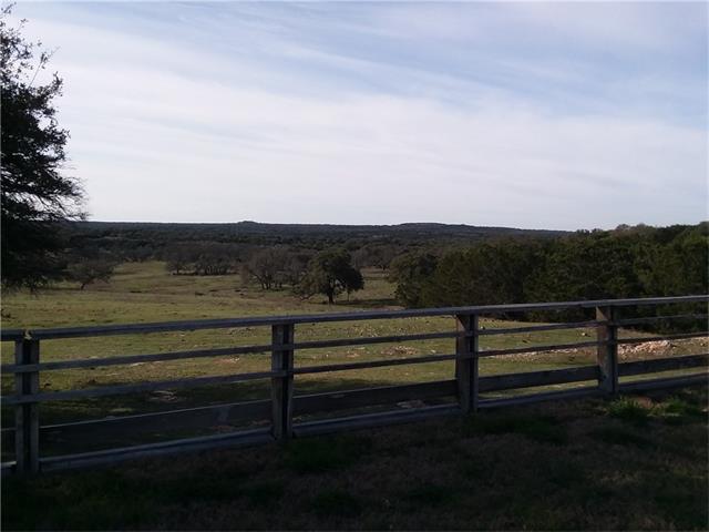 601 Deer Creek Rd, Lampasas, TX 76550