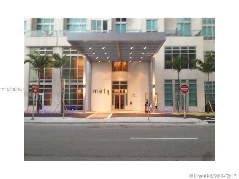300 S Biscayne Blvd T-2712, Miami, FL 33131