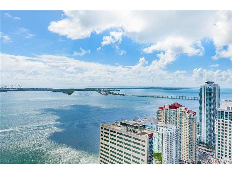 950 Brickell Bay Dr 4909, Miami, FL 33131