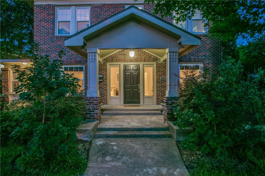 5744 Gaston Avenue, Dallas, TX 75214