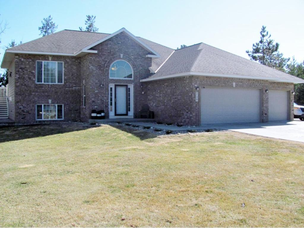 748 6th Lane NW, Menahga, MN 56464