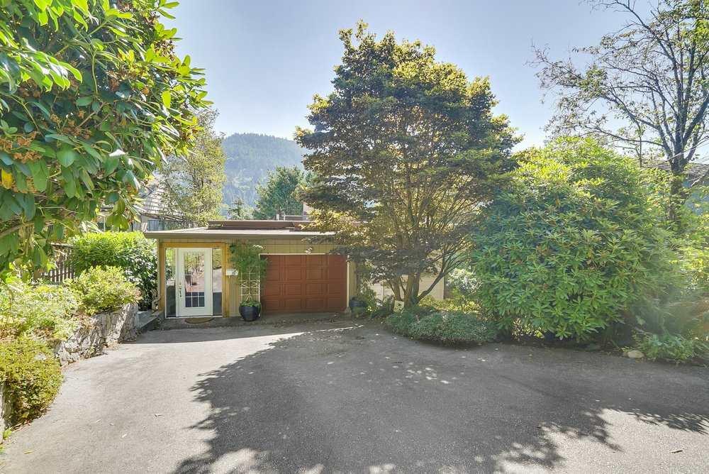 6580 WELLINGTON AVENUE, West Vancouver, BC V7W 2H9