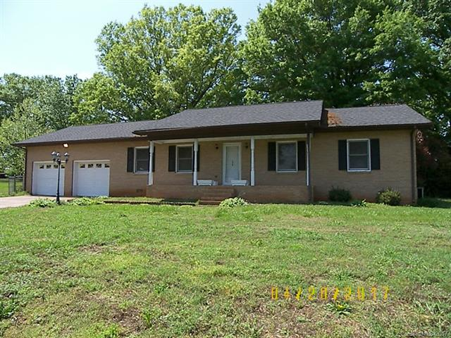 210 Golf Course Road, Maiden, NC 28650