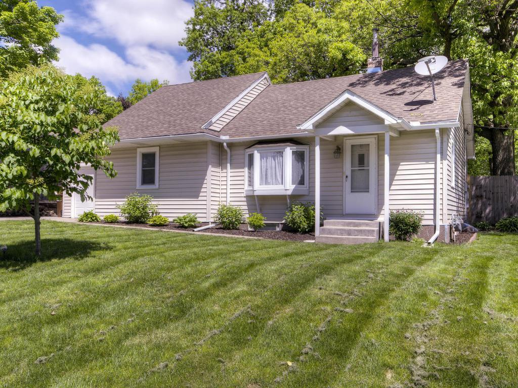 12410 26th Avenue N, Plymouth, MN 55441