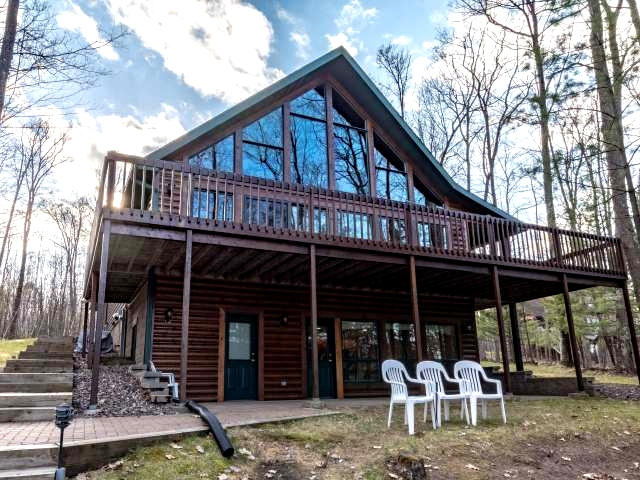 6874 GAULKE CR, Lake Tomahawk, WI 54539