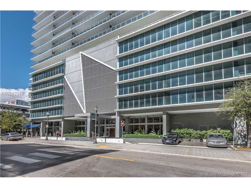 79 SW 12th St 2401-S, Miami, FL 33130
