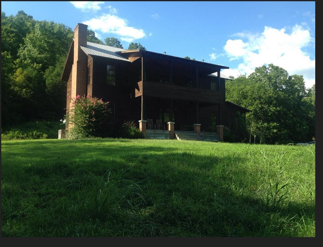 190 Cooper Riddle Road, Burkesville, KY 42717