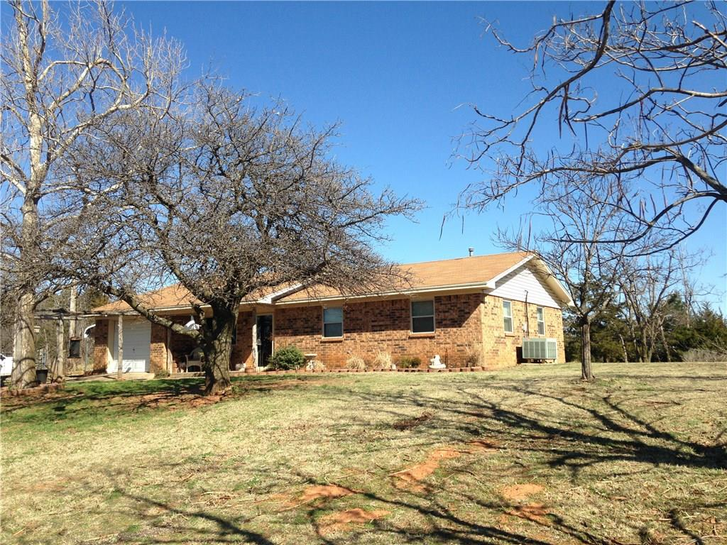 16101 County Street 2710, Minco, OK 73059