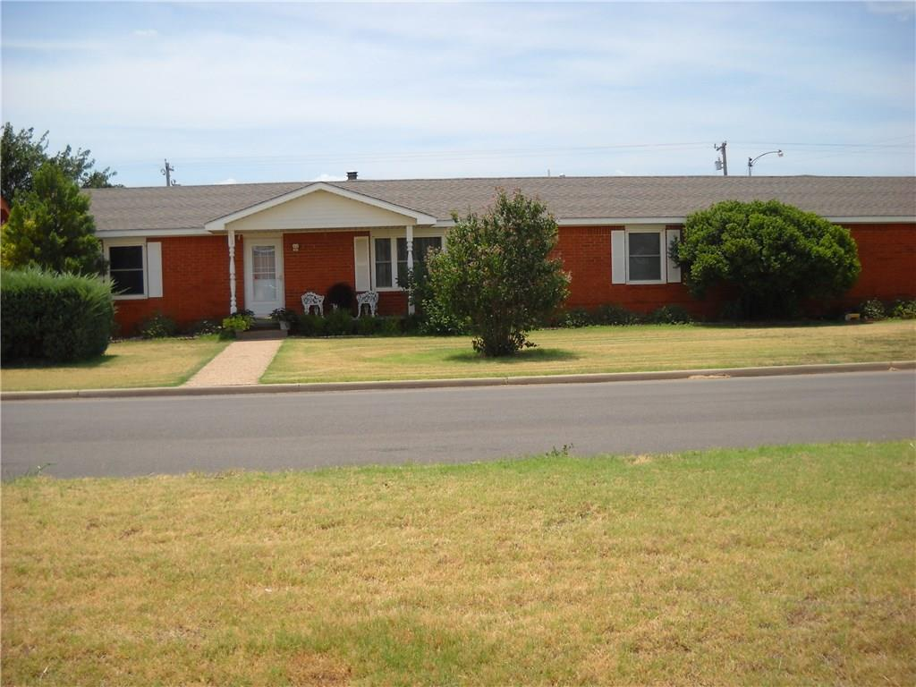 502 E Washington, Sayre, OK 73662