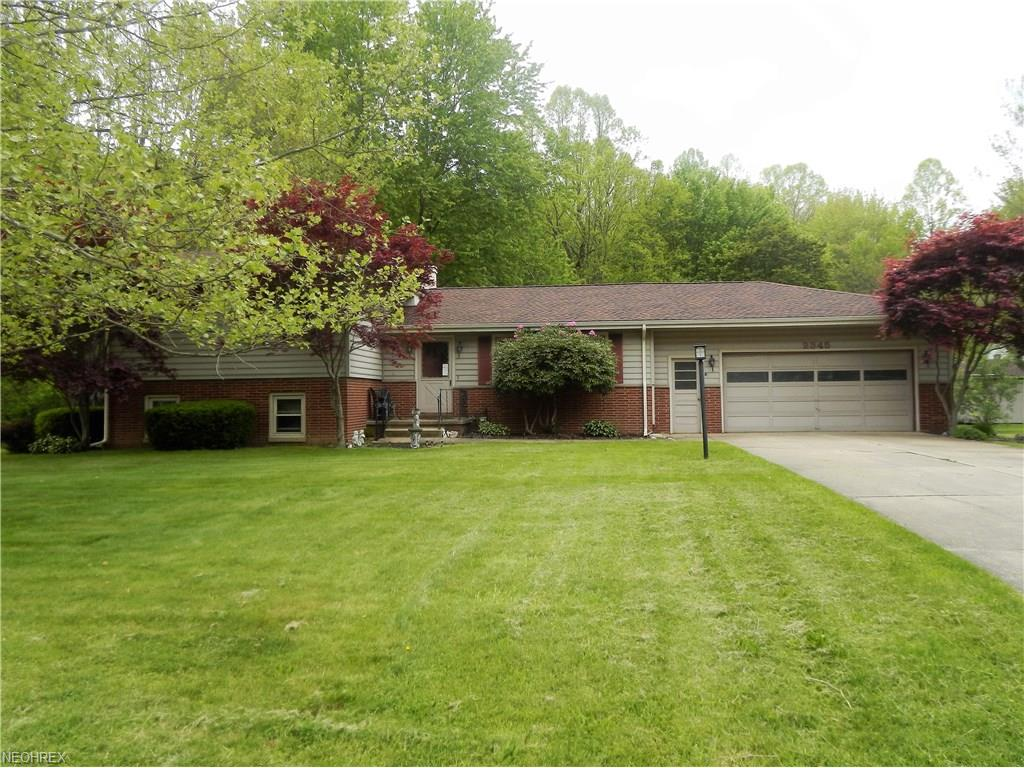 2345 Westview Dr, Cortland, OH 44410