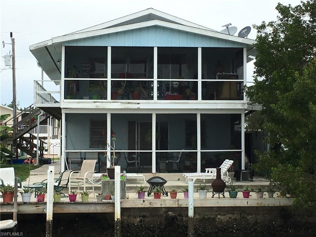 626 Palm AVE E, GOODLAND, FL 34140