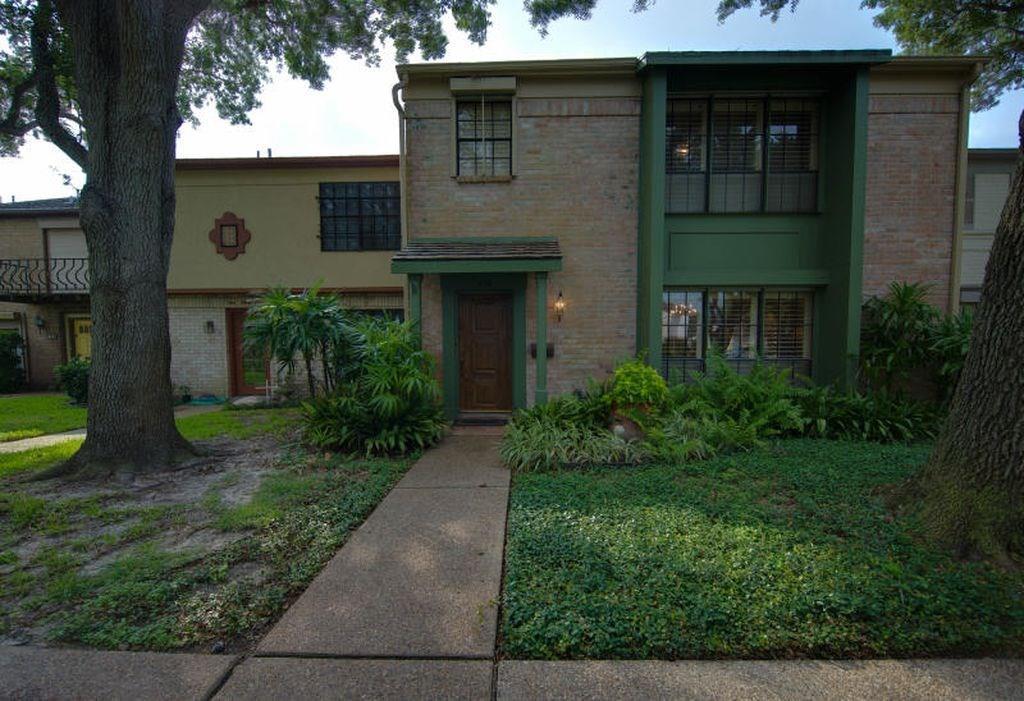 138 Lake Shore Dr 138, Corpus Christi, TX 78413