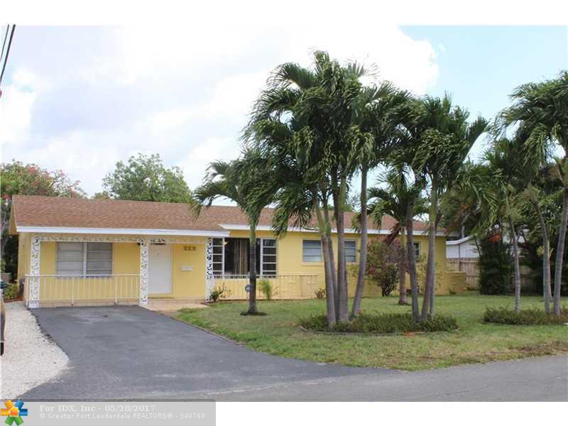 127 SE 27th Way, Boynton Beach, FL 33435