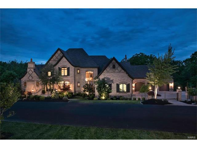 111 Grand Meridien Forest Court, Chesterfield, MO 63005