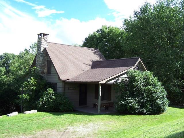 781 E Ayers Road, Banner Elk, NC 28604