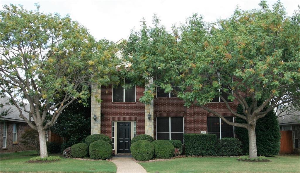 1209 Christopher Lane, Lewisville, TX 75077
