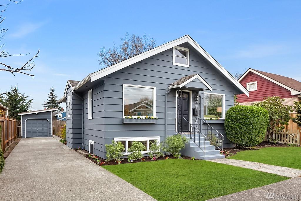 2833 NW 74th St, Seattle, WA 98117