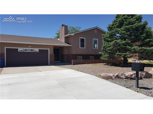 715 S McCoy Drive, Pueblo West, CO 81007