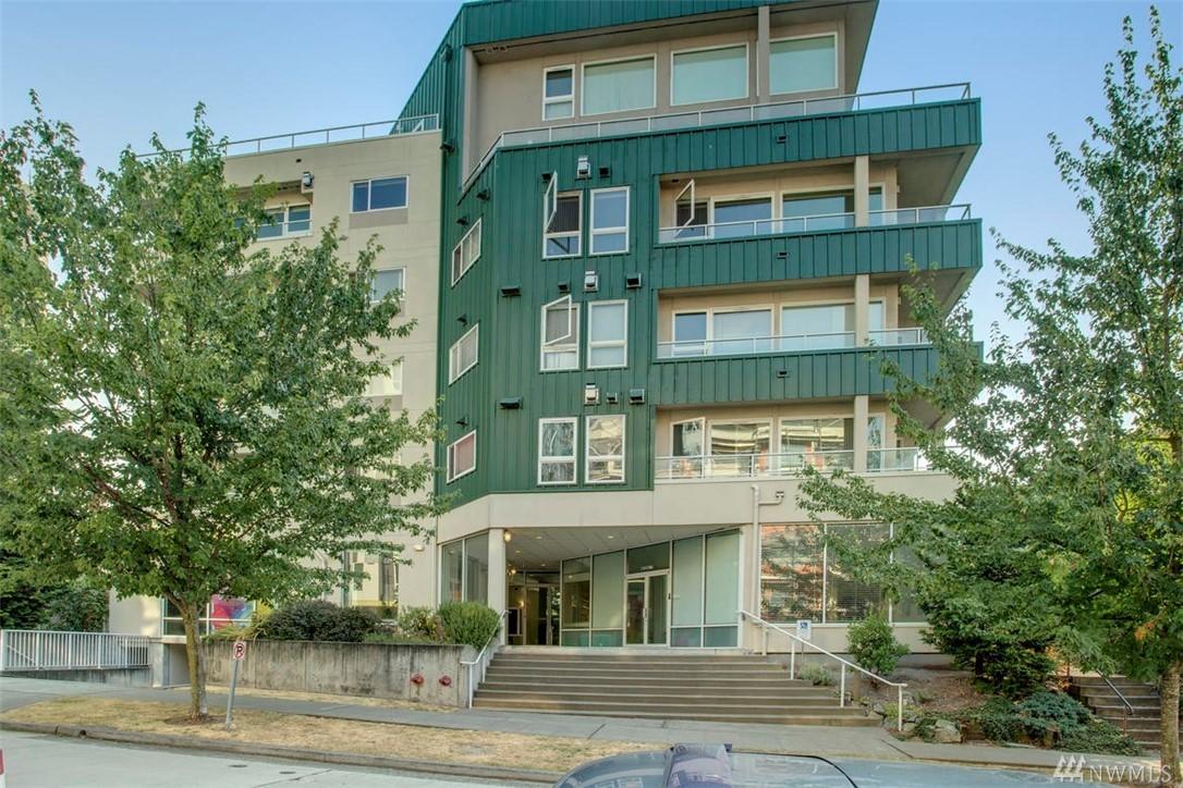 4528 8th Ave NE 5c, Seattle, WA 98105