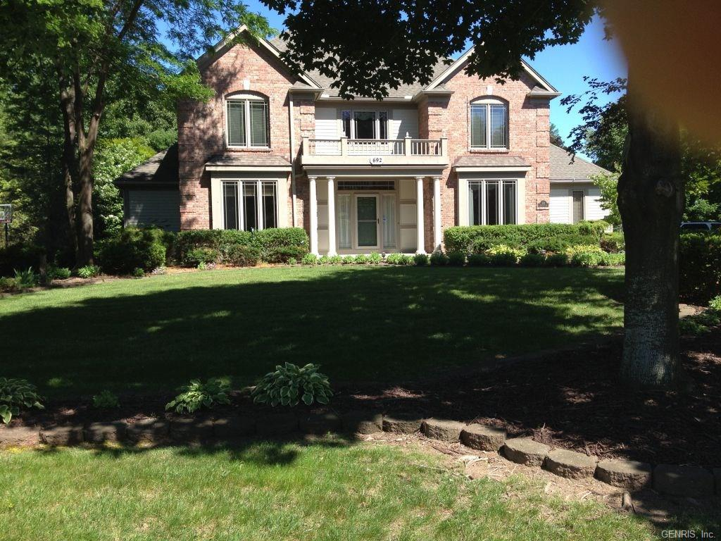 692 Admiralty Way, Webster, NY 14580