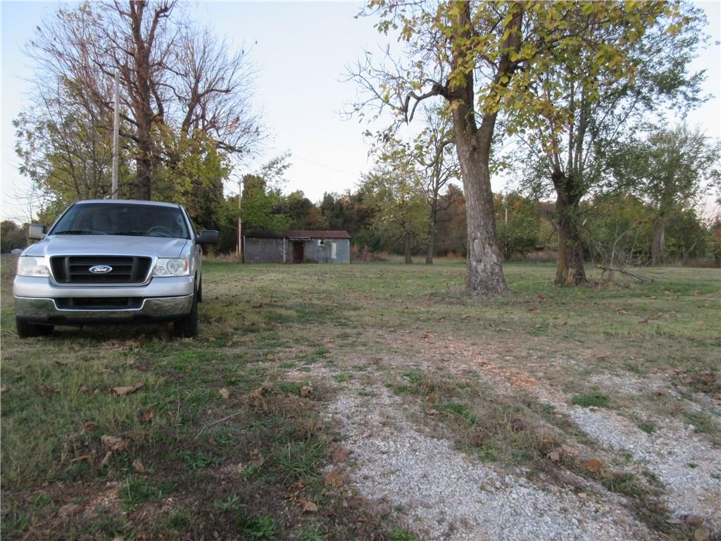 2376 Wagon Wheel RD, Springdale, AR 72762