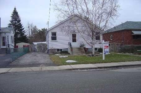 63 Atlee Ave, Toronto, ON M1N 3X3