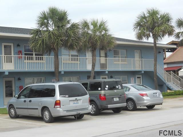 112 7th St S, Flagler Beach, FL 32136