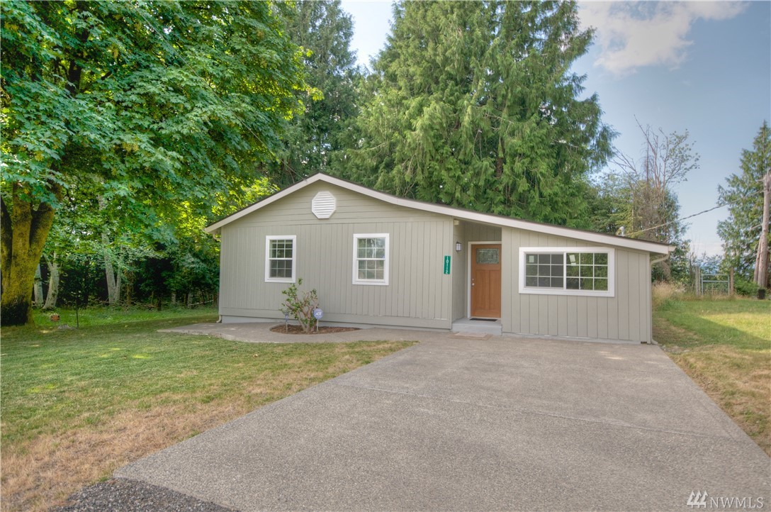 10112 Lookout Dr NW, Olympia, WA 98502