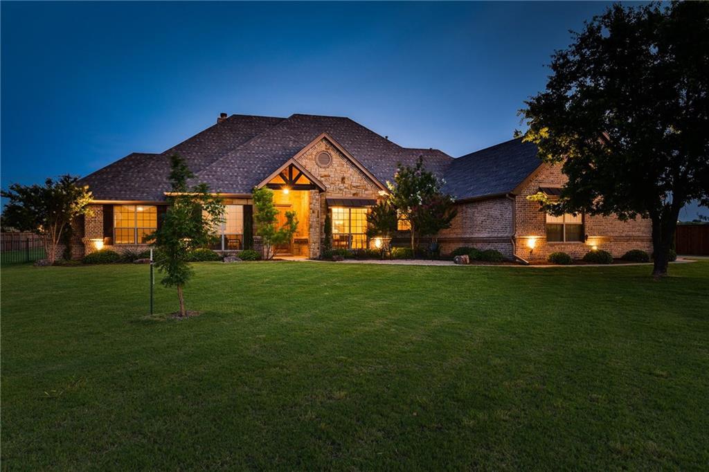 203 Timberland Lane, Aledo, TX 76008
