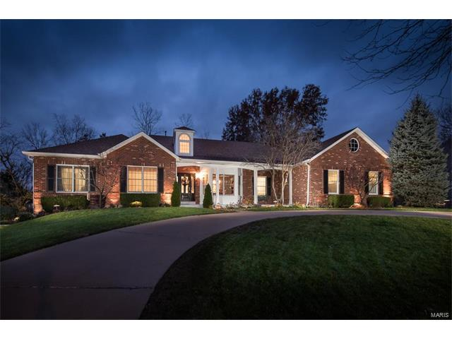 12006 Foursome Place, Sunset Hills, MO 63128