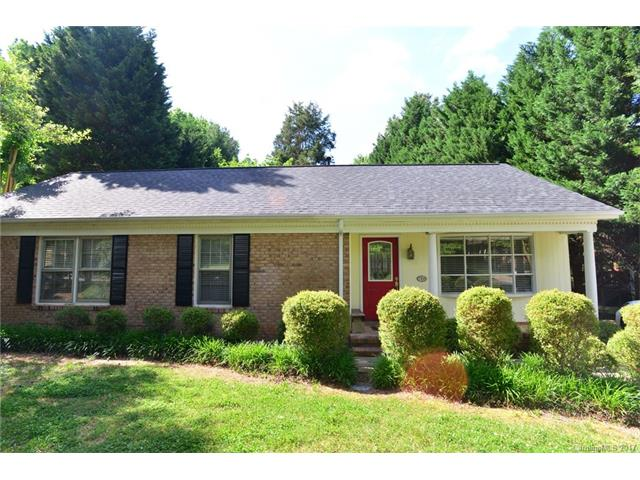 7705 Surreywood Place, Charlotte, NC 28270