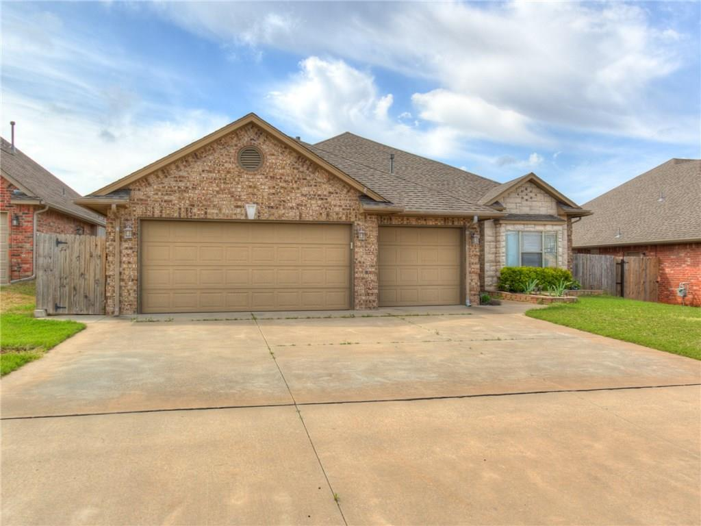 2612 SE 6th Circle, Moore, OK 73160