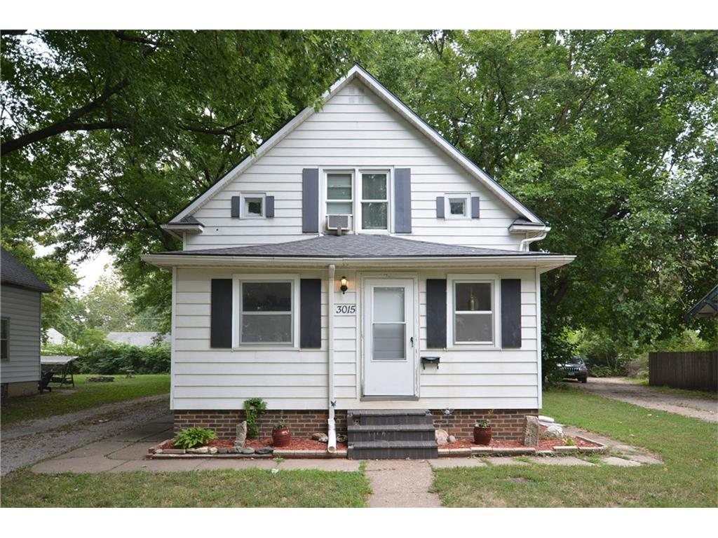 3015 E 7th Street, Des Moines, IA 50316