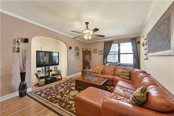 3656 Johnson Ave 2-E, Bronx, NY 10463